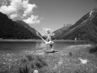 Danza al lago del Predil
