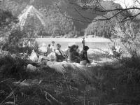 Picnic e meditazione sul lago